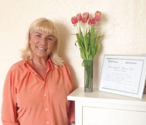 Nora-Kremer-1-300x258 Nora Kremer, terapia en español